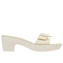 Harley Viera-Newton<br>HEART JELLY CLOG - OFF WHITE